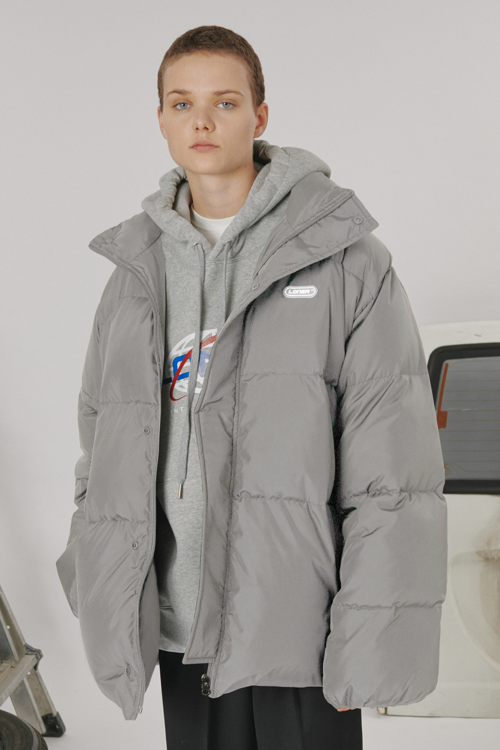 [LONER SEASON OFF SALE] Loner half padding_gray (기간한정 01.17 - 01.23)