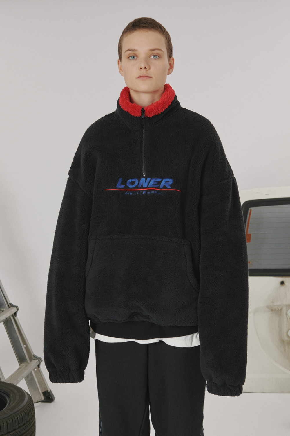 [LONER SEASON OFF SALE] Fur fleece half zipup_black (기간한정 01.17 - 01.23)