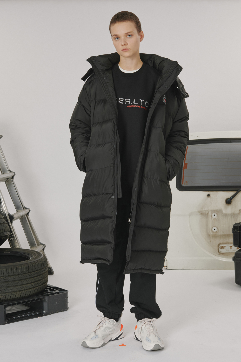 [LONER SEASON OFF SALE] Racer long padding (기간한정 01.17 - 01.23)