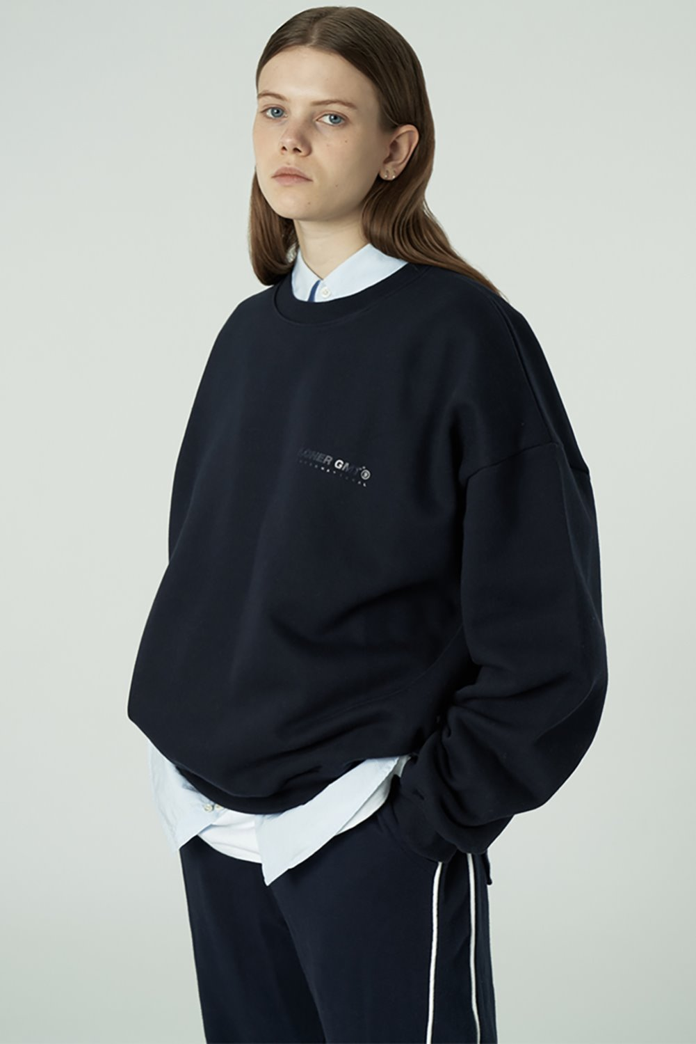 [20SS OPEN SALE][L] Gmt standard sweatshirt-navy (기간한정 02.21 - 02.27)