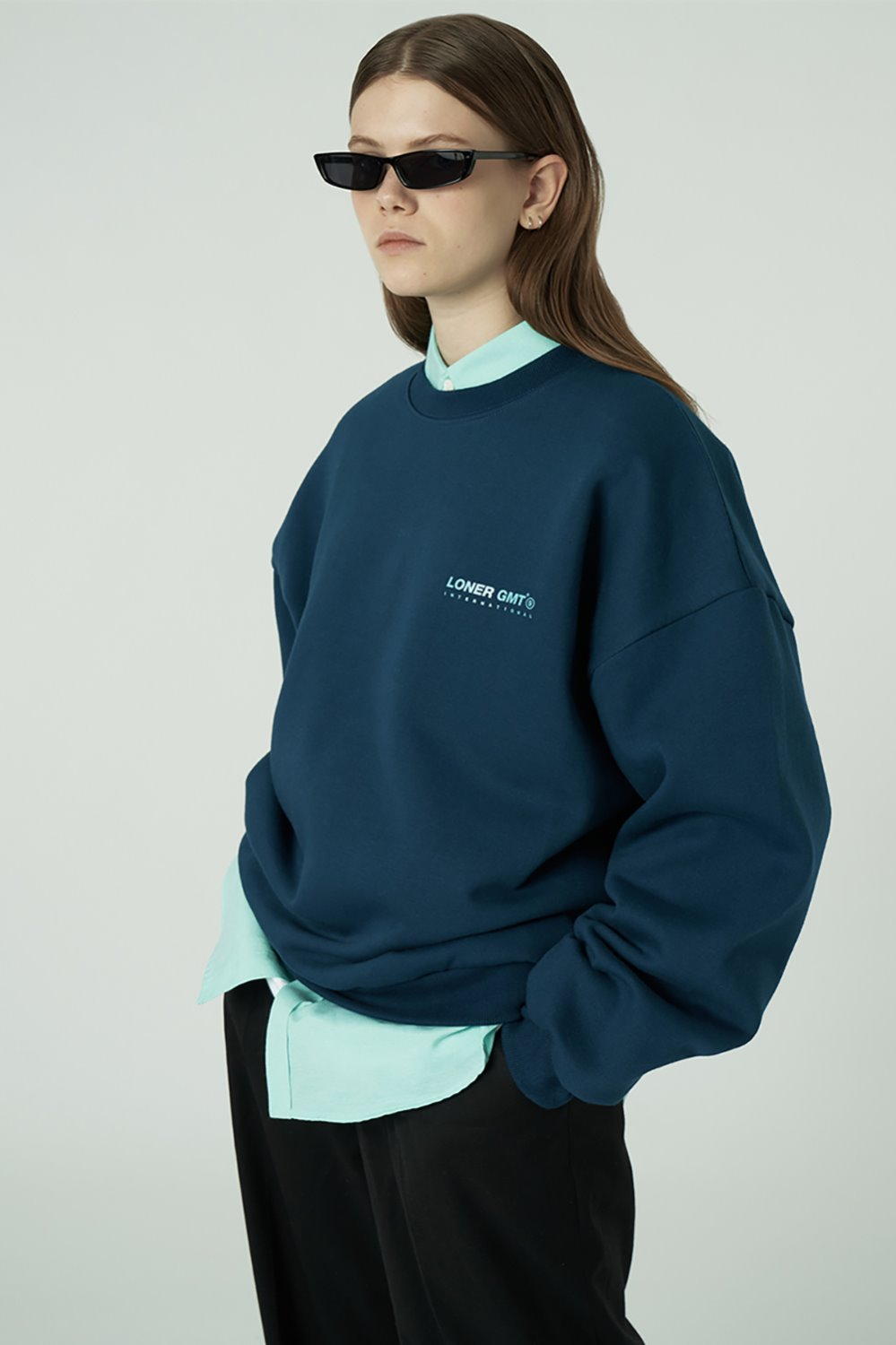 [20SS OPEN SALE][L] Gmt standard sweatshirt-emerald deep blue (기간한정 02.21 - 02.27)
