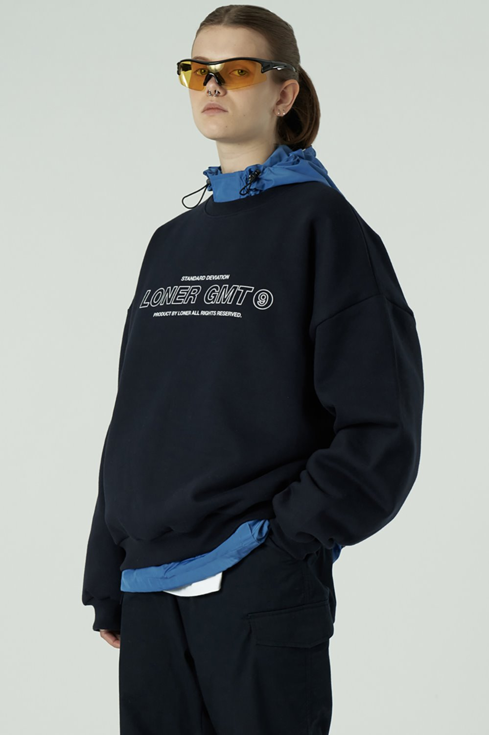 [20SS OPEN SALE][L] Center gmt line sweatshirt-navy (기간한정 04.03 - 04.09)
