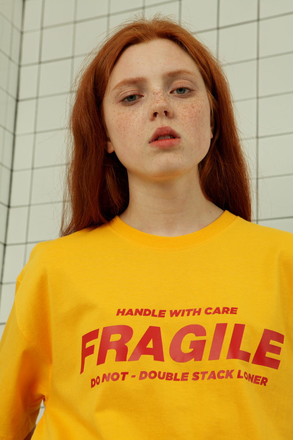[로너] Fragile tshirt-yellow (Thanks sale! 09.28-10.04)