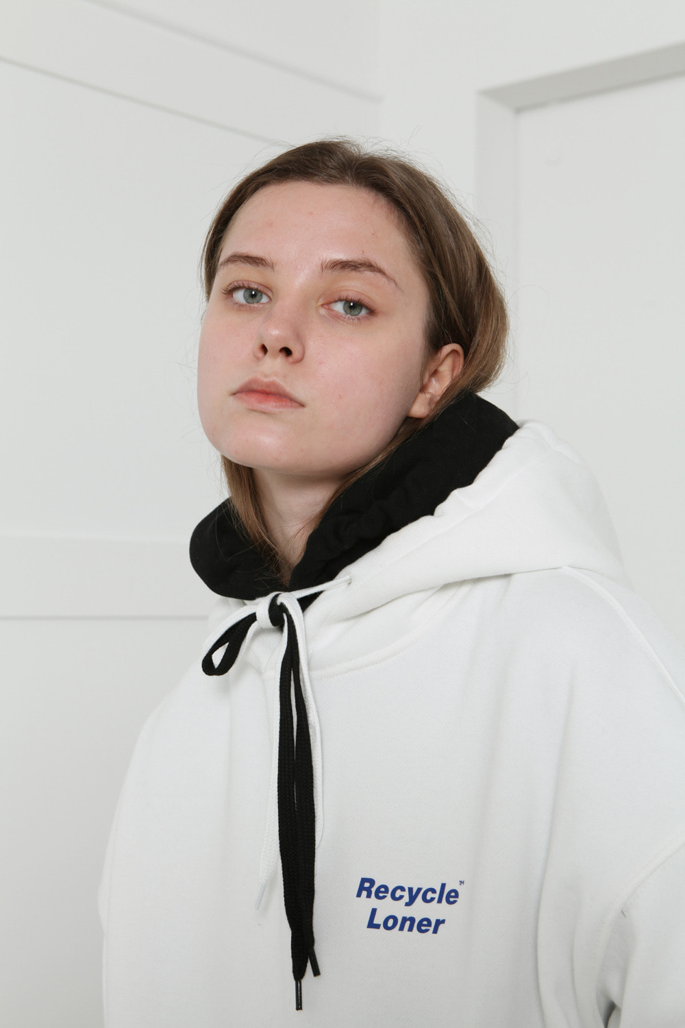 [LONER SEASON OFF SALE] Recycling hoodie-white (기간한정 02.21 - 02.27)