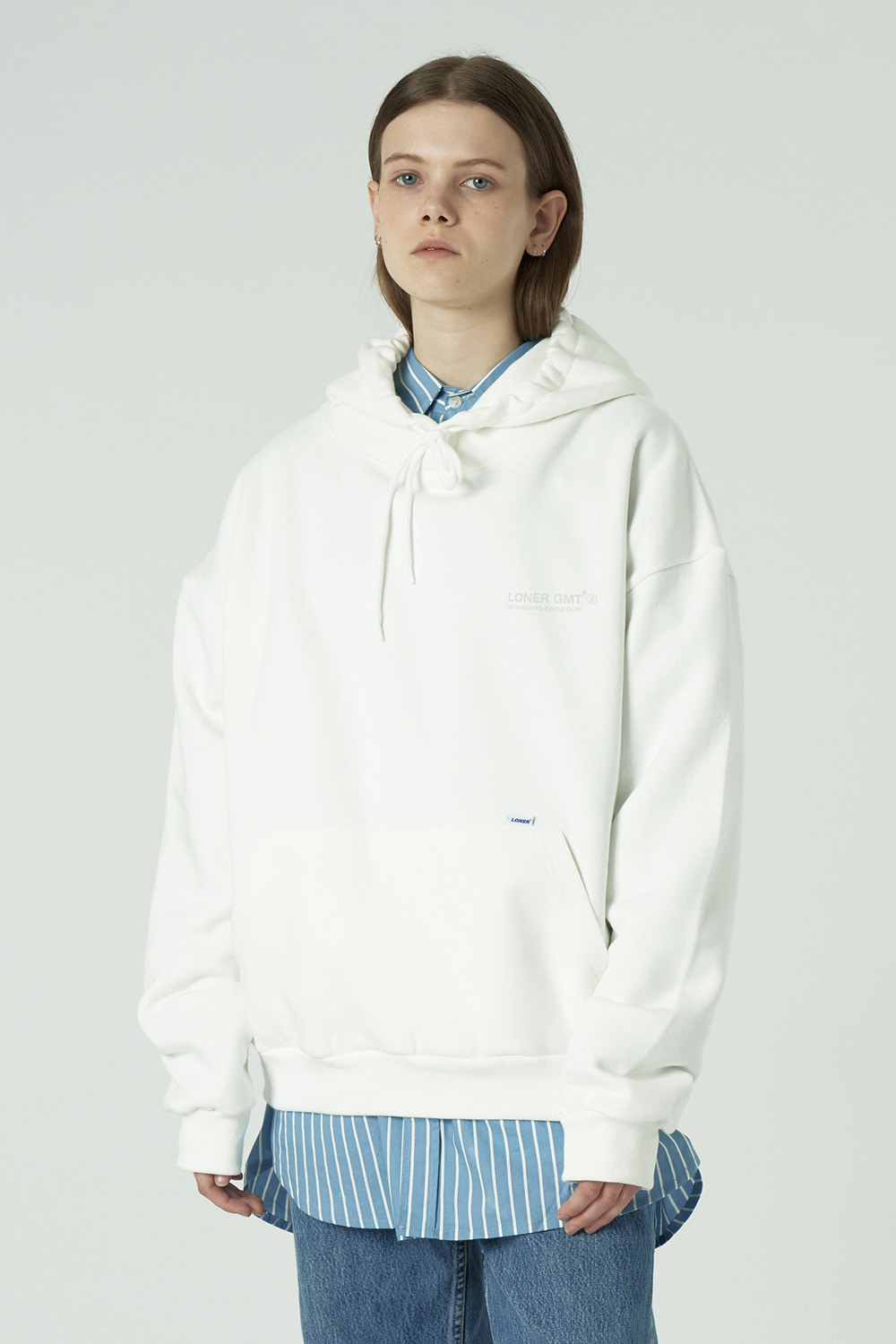 [L]Back under logo hoodie-white (기간한정 07.03 - 07.09)